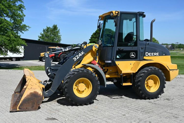 John Deere 324K Wheel Loader