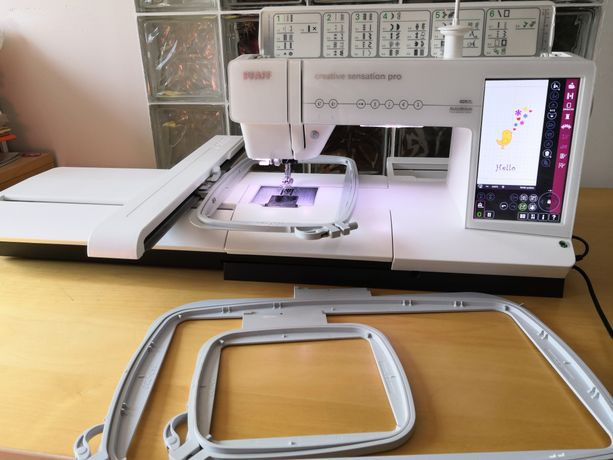 Pfaff Creative Sensation Pro sewing and embroidery