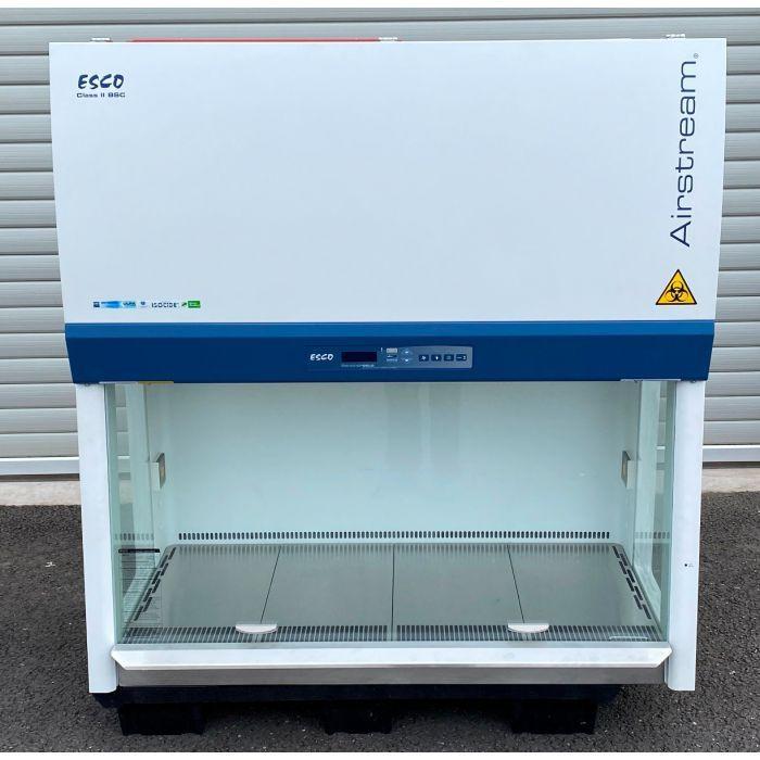 Esco AIRSTREAM E-SERIES AC2-4E8 Class II Safety Cabinet