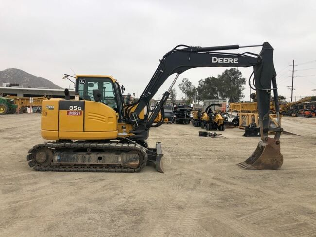 John Deere 85G Tracked Excavator