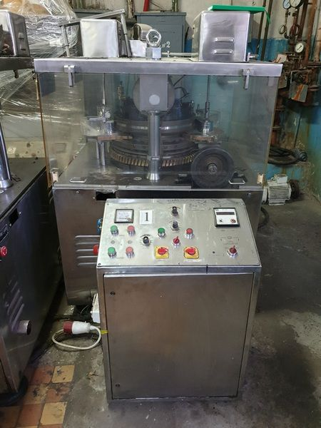 Other CPM-04  rotary tablet press