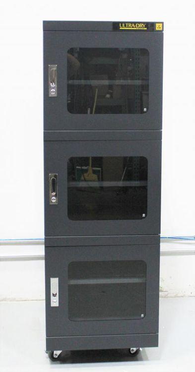 MannCorp Ultra-Dry 790V Desiccator Cabinet
