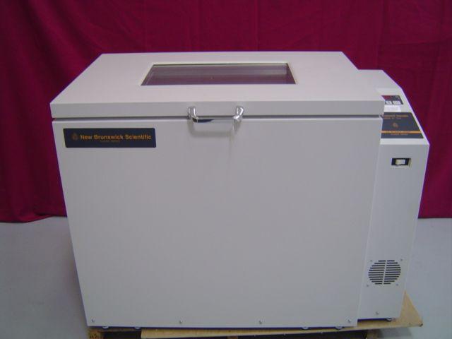 New Brunswick C25 Incubator Shaker