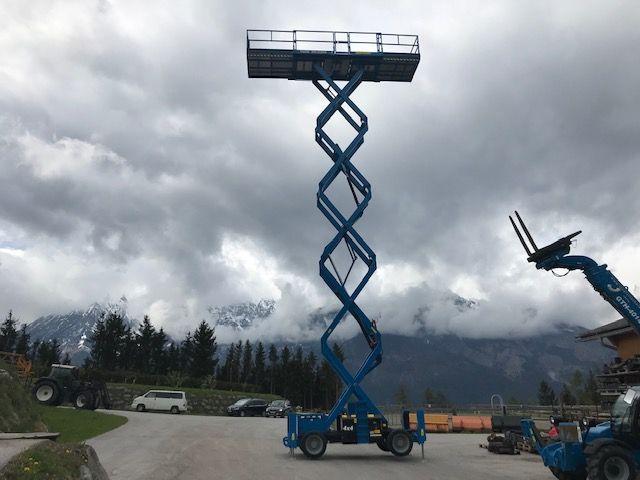 Genius GS 5390 RT 1410 kg scissor lift