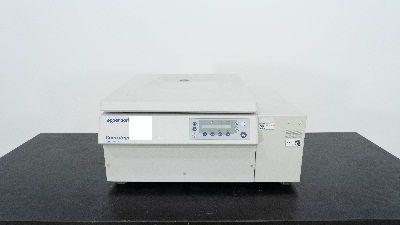 Eppendorf 5811F 5810 R, Refrigerated Centrifuge