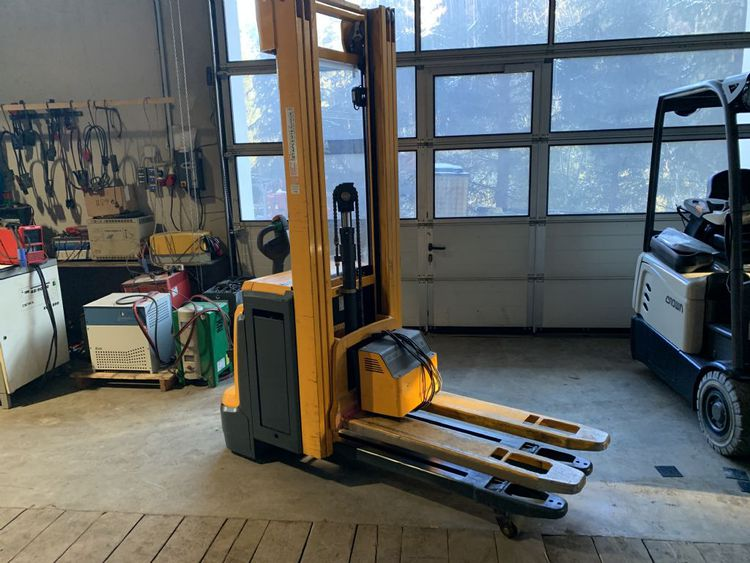 Jungheinrich EJC214z 1400 kg
