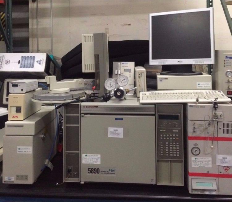 Hewlett Packard (HP) 5890 Series Plus II Gas Chromatograph