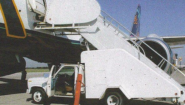 Wollard TLPH 252, Passenger Stair Truck