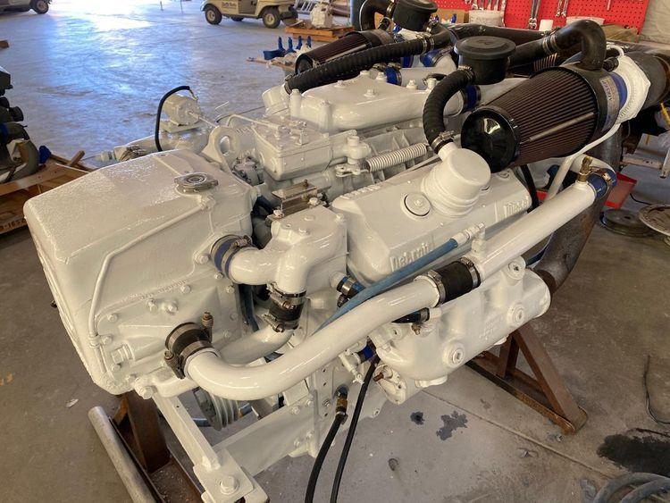 Detroit 6v92 Marine Engines