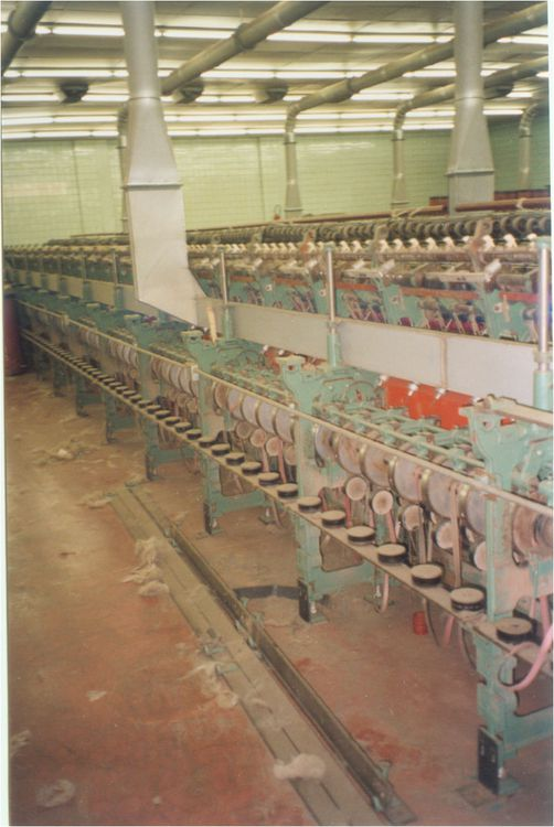 5 Mackie D105 Dry Spinning Machines