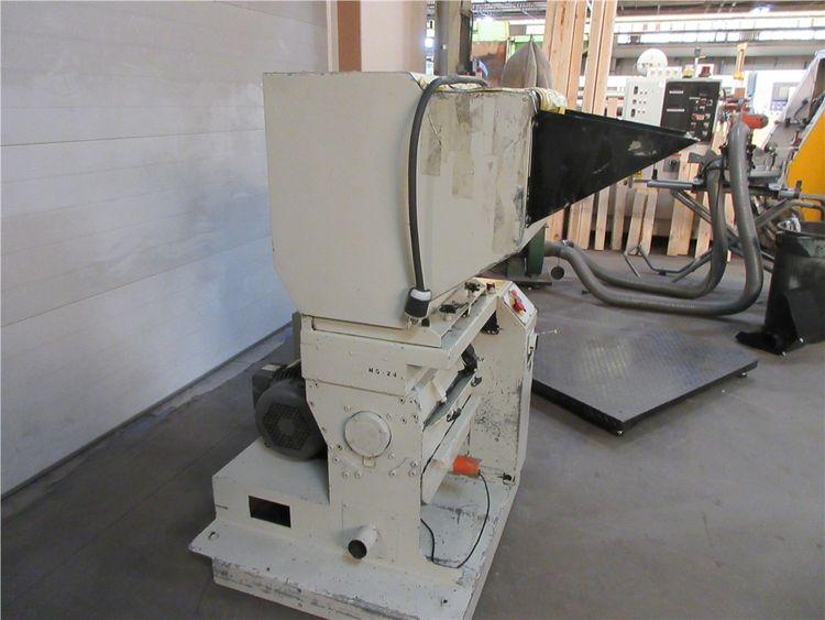 Conair, Rapid CF819 Granulator