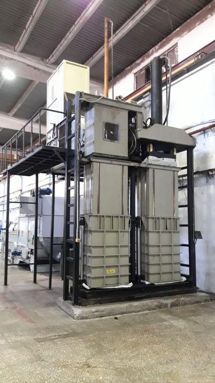 33kw Bale press