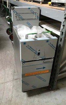 Dean SR14ESD 40 LB SUPER RUNNER VALUE ELECTRIC FRYER