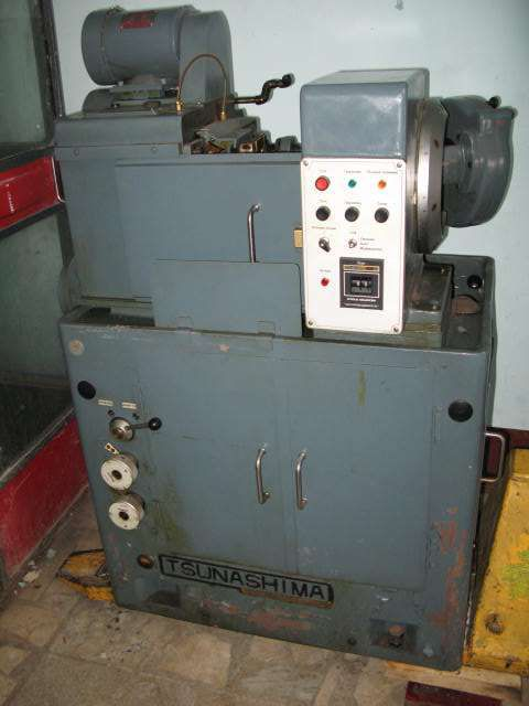 Tsunashima BGS-10B Variable Bevel gear cutting machine