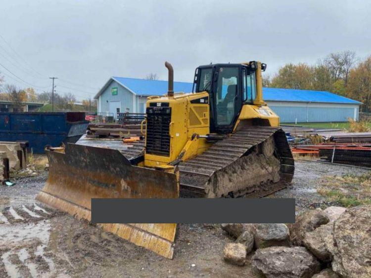 Caterpillar D6NLGP Excavator