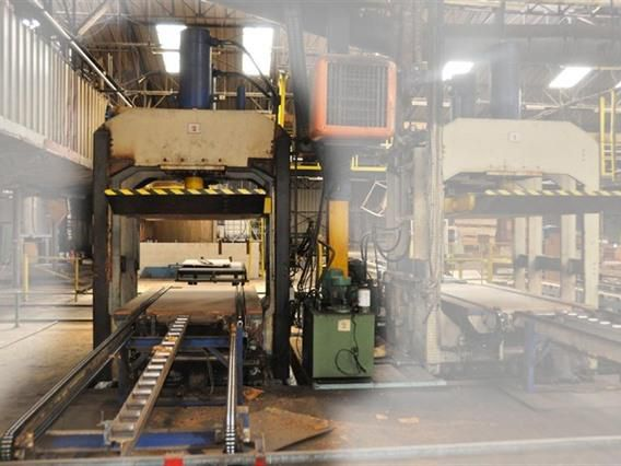 Valette panel press, 410 ton 410 ton