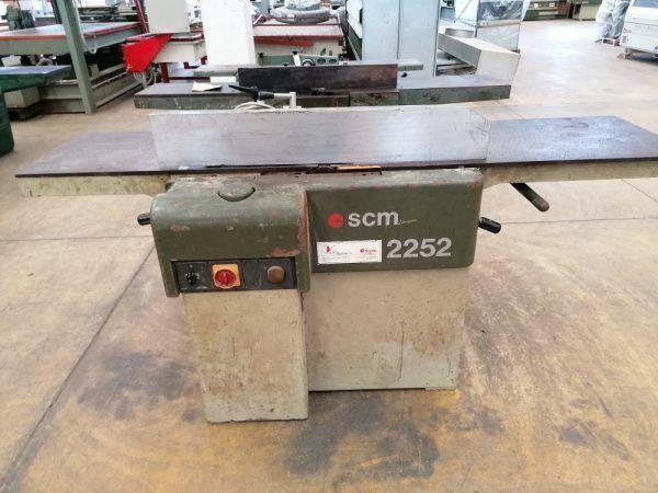 SCM 2250