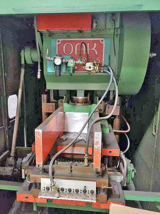 OAK FP1 30 Ton