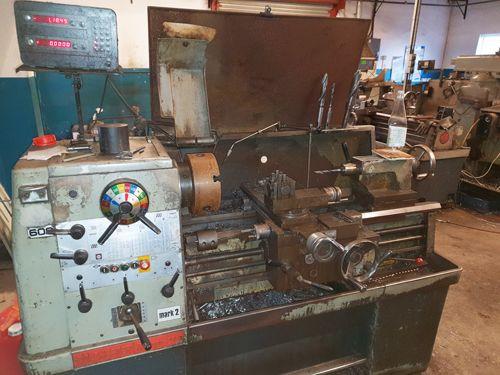 Colchester GAP BED CENTRE LATHE 2000 rpm TRIUMPH 2000