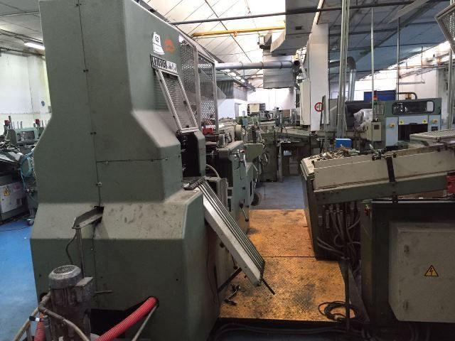 Kolbus BF 40, Casing-in machine