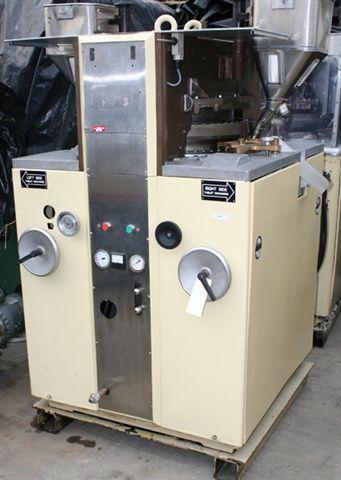 Stokes Ultra 565 53 Station Tablet Press