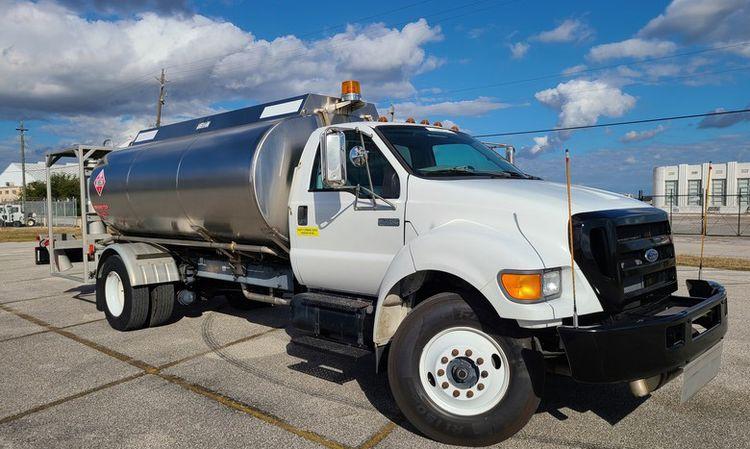 DTS Jet A Fuel Truck