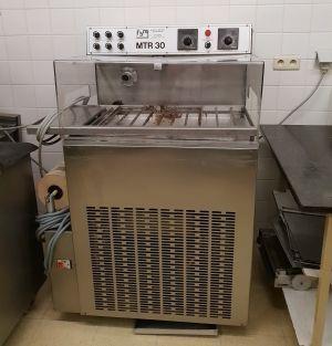 FBM MTR30 CHOCOLATE TEMPERER/ ENROBING MACHINE