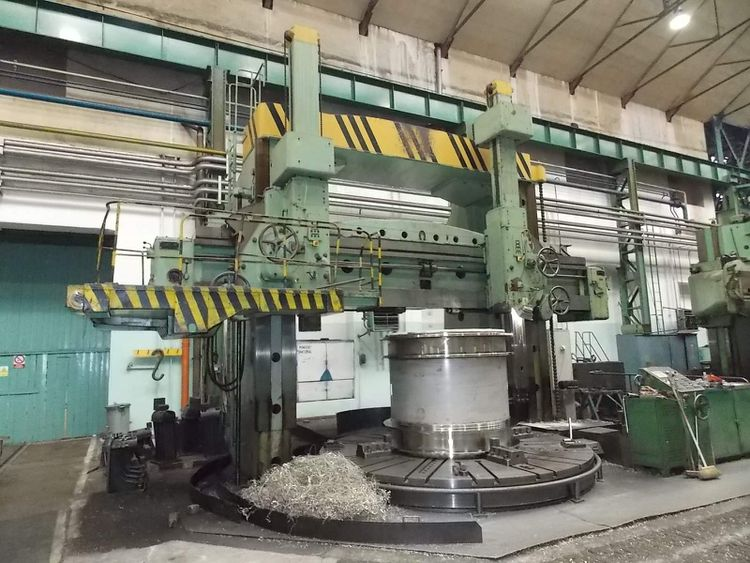 TOS SK40 Vertical Turning Machine