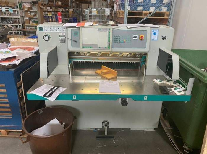 Perfecta 92 HTVC, Automatic high-speed guillotine