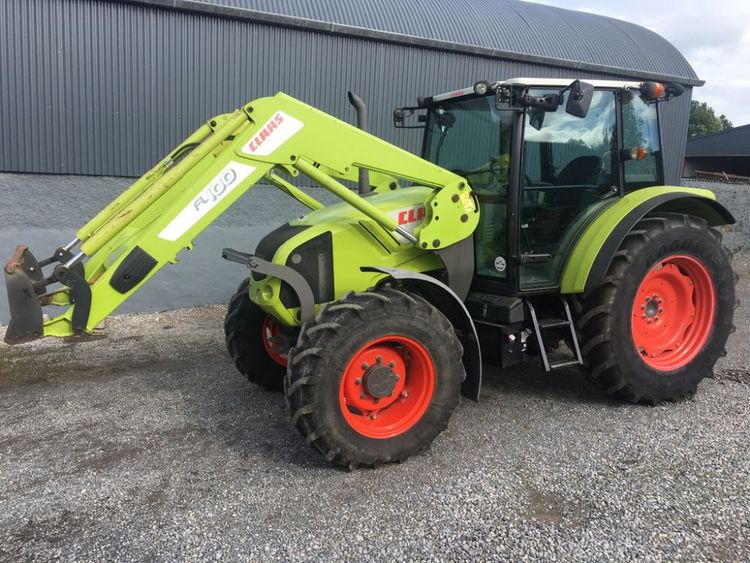 Claas 330C With FL100 Loader