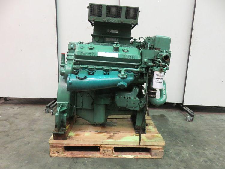 Detroit Diesel 8V-71N Marine diesel engine