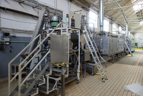 Modern Pet Food Manufacturing and Packaging Machinery available on behalf of Bob Martin (UK) Ltd
