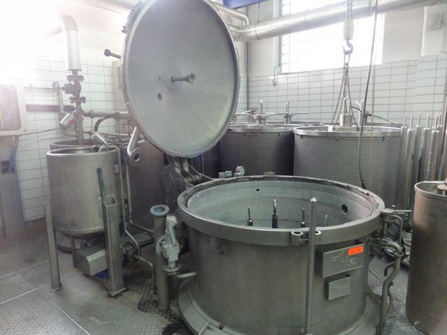 Thies Yarn Dyeing Plant for Cones and Loose Material