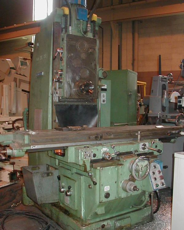 OKK MH-3PII Vertical Milling Machine Max. 1,600 rpm