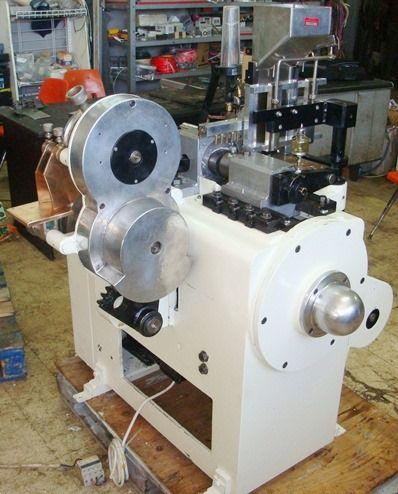Aquarius UM1  Flat Lollipop Die Press Forming Machine: