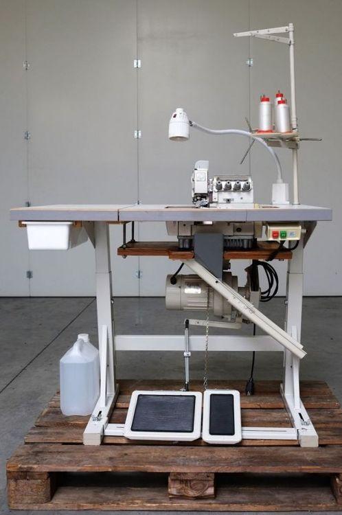 Pegasus M700 Industrial overedging sewing