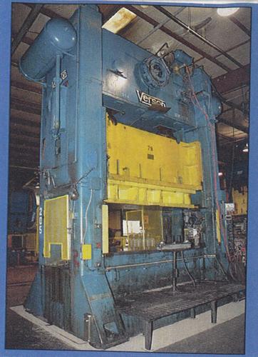 Verson S2-700-120-48T Max. 700 Ton
