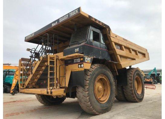 Caterpillar 777D Mining Dump Truck