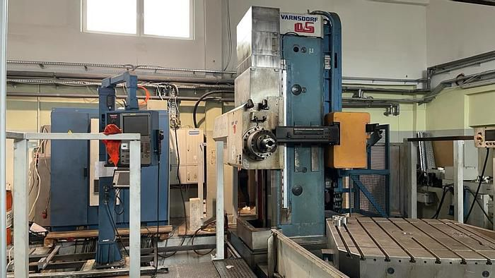 TOS WHN 110 MC drilling machine 3300 rpm