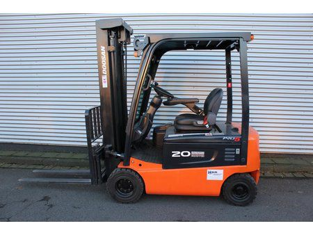 Doosan B20X-5 2000 kg