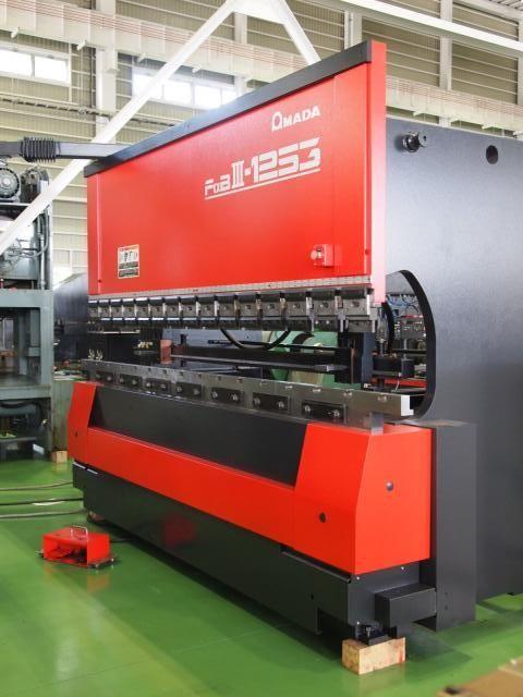 Amada PRESS BEAKE FBDⅢ-1253MH(FS) 125 Ton