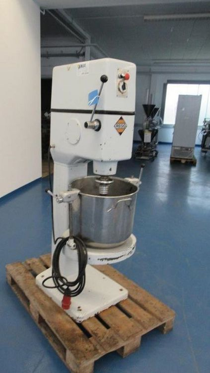 Rego SM3/141/8 mixing machine