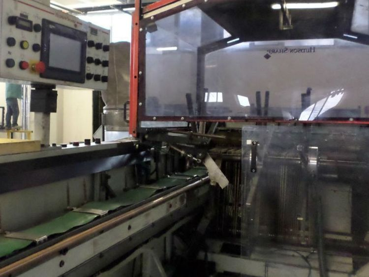 Hudson Sharp 1063W / 390LH Wicket bagmaking machine