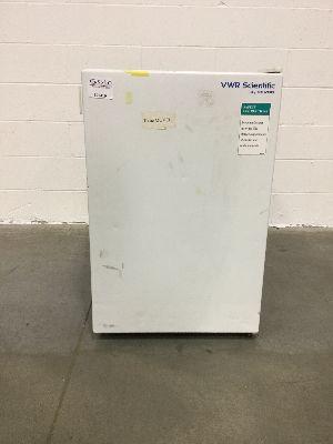 VWR Undercounter Laboratory Refrigerator/Freezer Combo