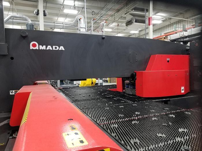 Amada AE2510NT CNC Turret Punch 22 US Ton