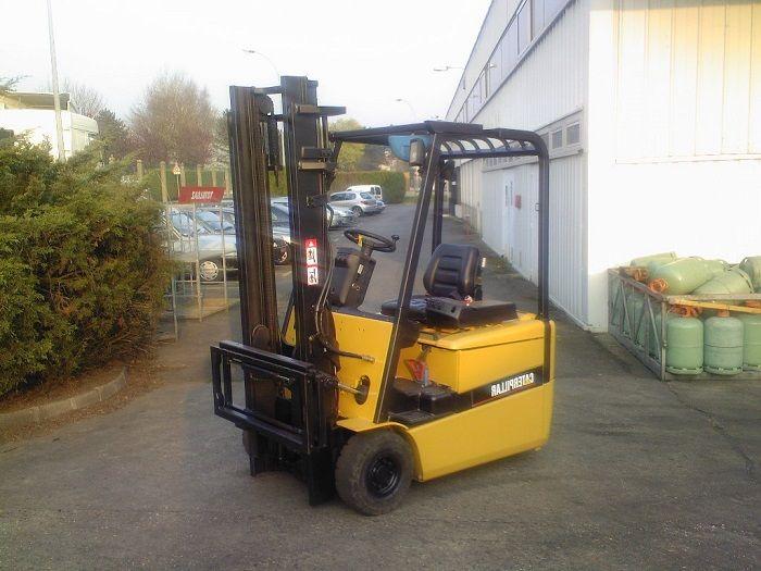 Caterpillar EP16KT Electric Forklift 1,600 kg