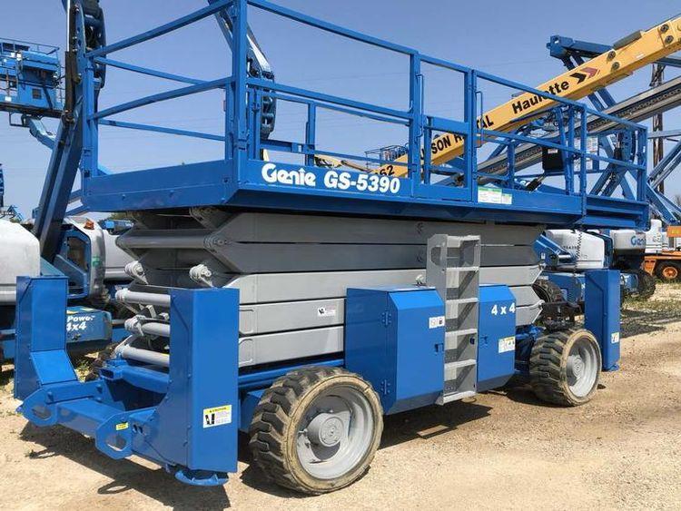 Genie GS5390RT  Scissor Lift