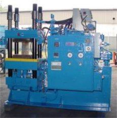 Lewis RUBBER INJECTION MOLDING MACHINE 200 T