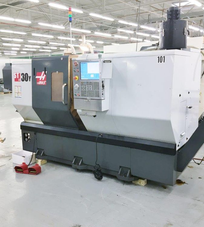 Haas CNC Controls 3400 rpm ST-30Y 3 Axis