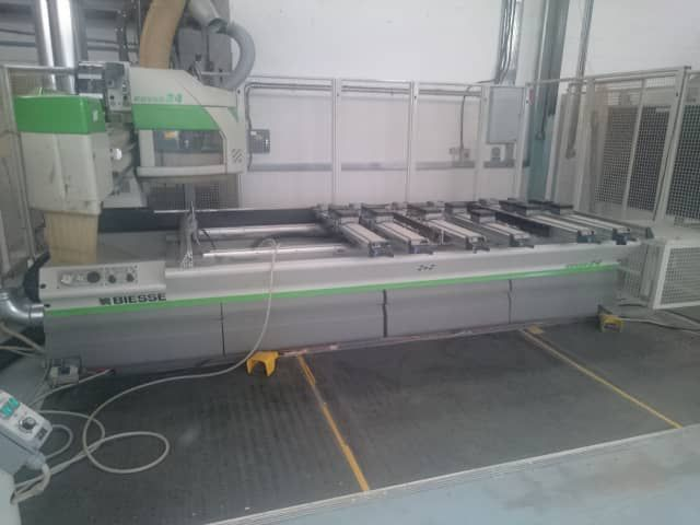 Biesse ROVER 24 S, Machine Centre with Pod and Rail Table 3